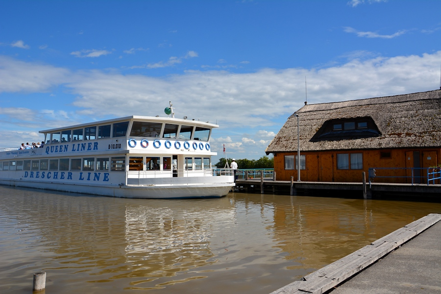 Queen Fertörákos Hafen
