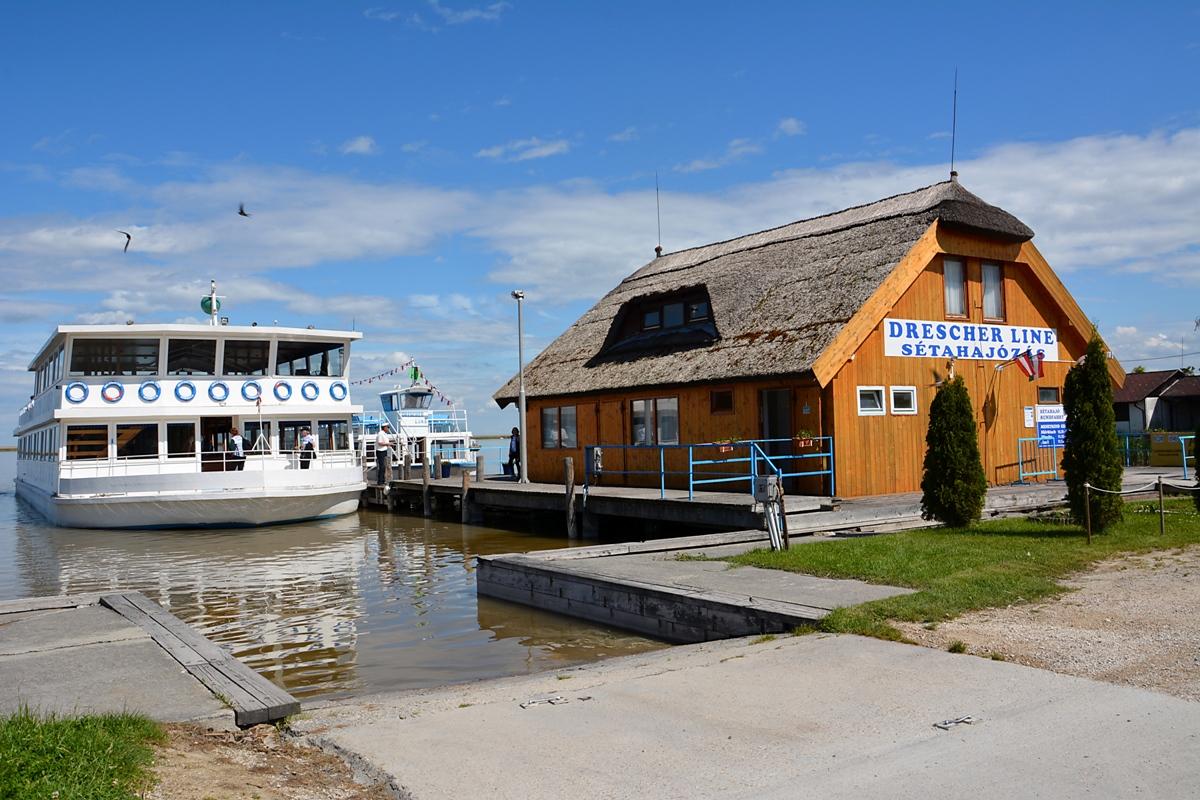 Queen Fertörakos Hafen (2) Homepage