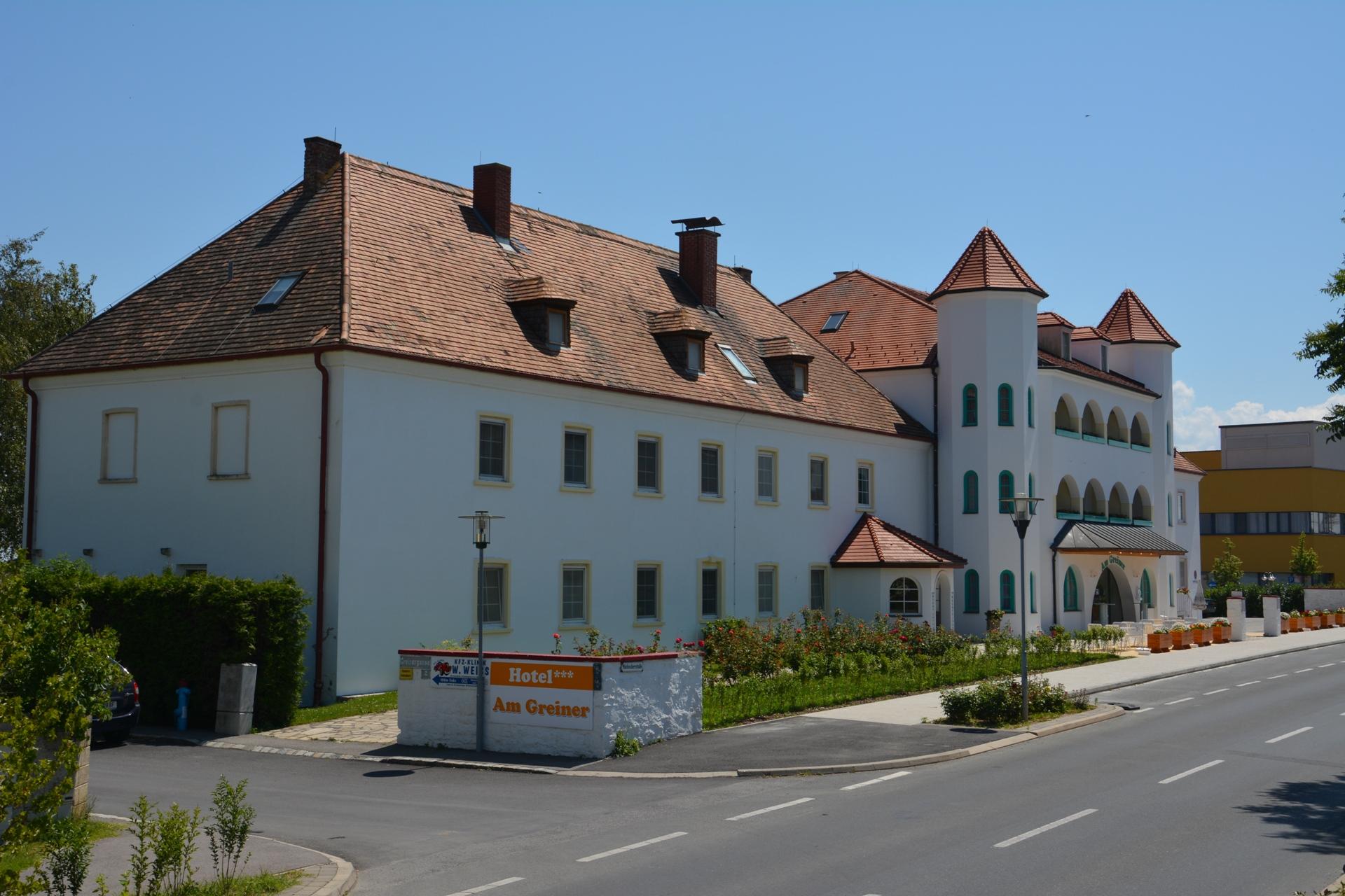 Hotel am Greiner Außen Links