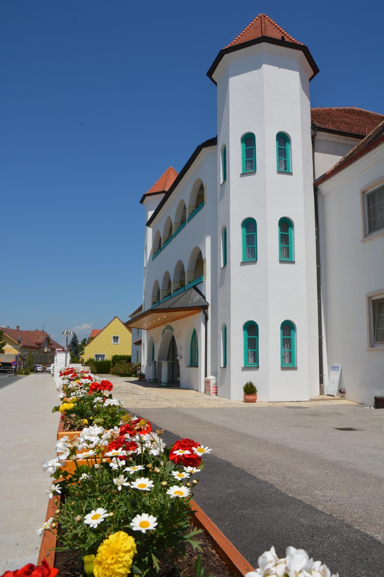Hotel am Greiner Eingang Rechts