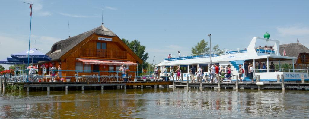 M2 Fertörákos Hafen Radfahrer Linie Ungarn